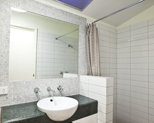 Ensuite bathroom Orchid House